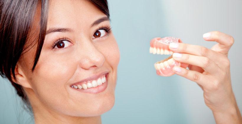 Prótesis dentales, higiene