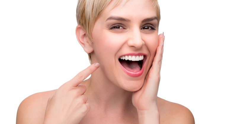 Lo que su dentista puede decir al mirar en la boca