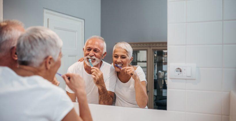 Consejos sobre el cuidado de los dientes durante la cuarentena del COVID-19